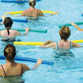 Accompagnement des séances  d'aquagym à la piscine du Mirail - Bordeaux