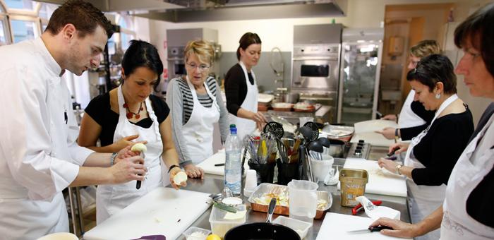les ateliers cuisines de lyon ! tous toqués ! | bénévolat unadev