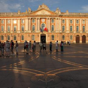 Place du Capitole ensoleillé